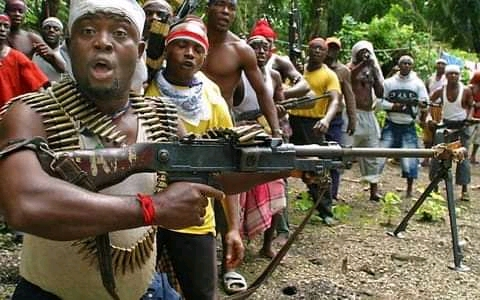 Niger Delta militants who bombed oil pipelines in Bayelsa make 5 demands to Nigerian govt