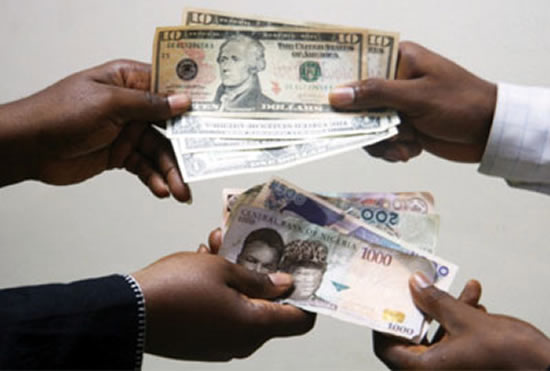 Naira plunges to 475 as dollar demand rises