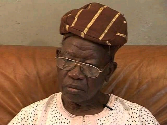 BREAKING: First Civilian Governor of Lagos State, Lateef Jakande, dies at 91