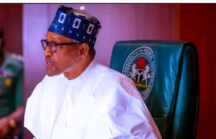 Buhari to Service Chiefs: You've got few weeks to deliver the country